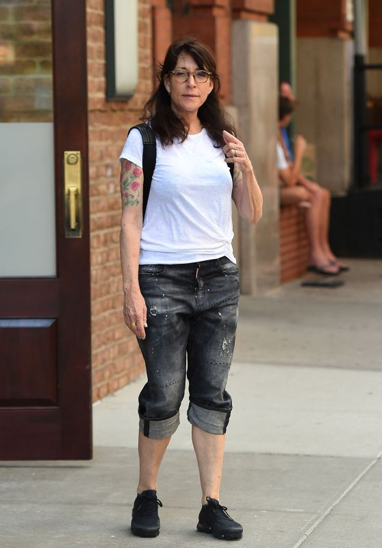 Katey Sagal Street Style - Out in Tribeca 07/05/2017
