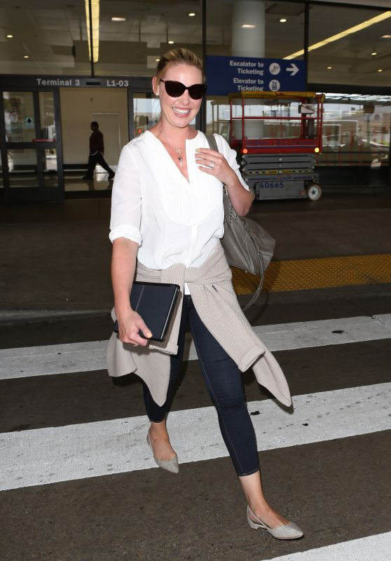 Katherine Heigl in Travel Outfit - Arriving at LAX Airport in LA 07/10/2017