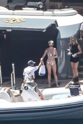 Katy Perry Bikini Pics – Amalfi Coast in Italy 07/10/2017 (Part II)