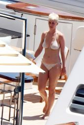 Katy Perry in Bikini - Amalfi, Italy 07/14/2017