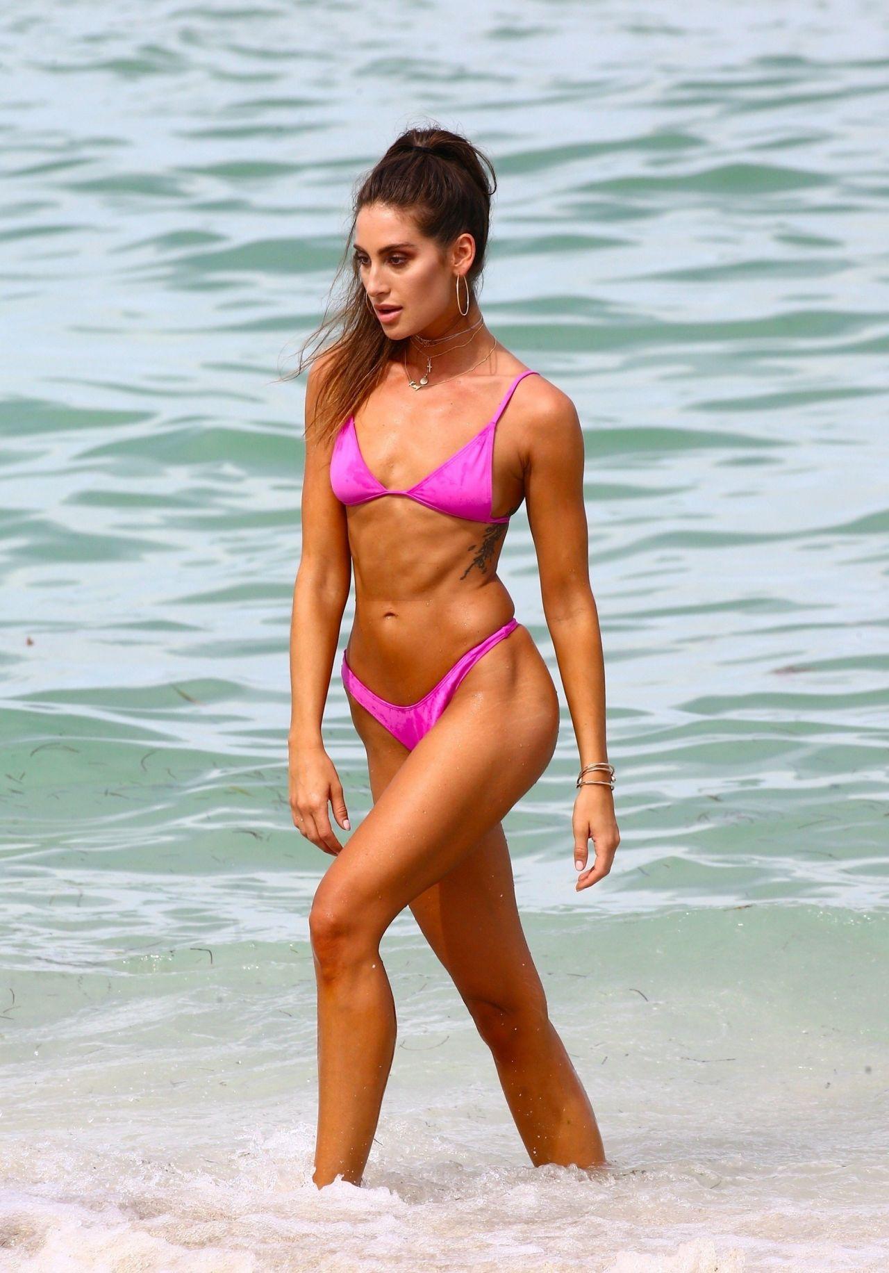Young Kaylee Ricciardi nudes (44 photos), Twitter