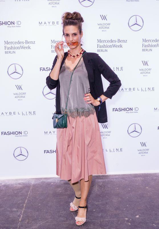 Kerstin Linnartz at Rebekka Ruetz Show – Mercedes-Benz Fashion Week in Berlin 07/05/2017