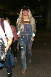 Kesha - LAX in Los Angeles 07/05/2017
