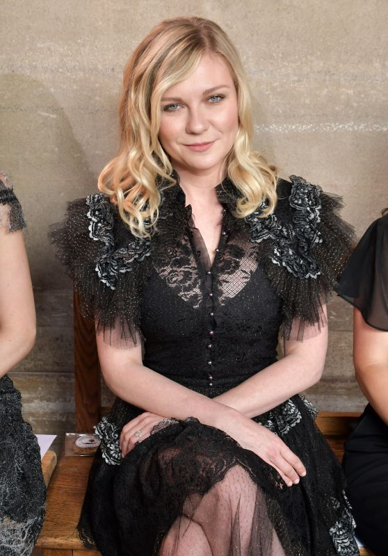 Kirsten Dunst at Rodarte Show Fall Winter 2017 - Haute Couture Fashion Week, Paris 07/02/2017