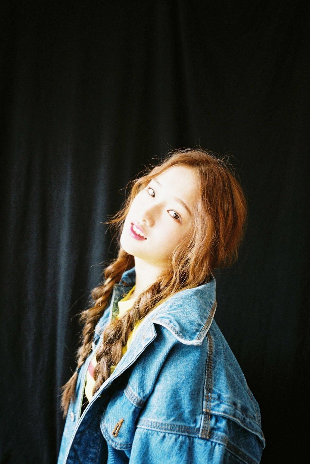 Kriesha Chu Kriesha Chu 1st Single Album 2017 Photoshoot