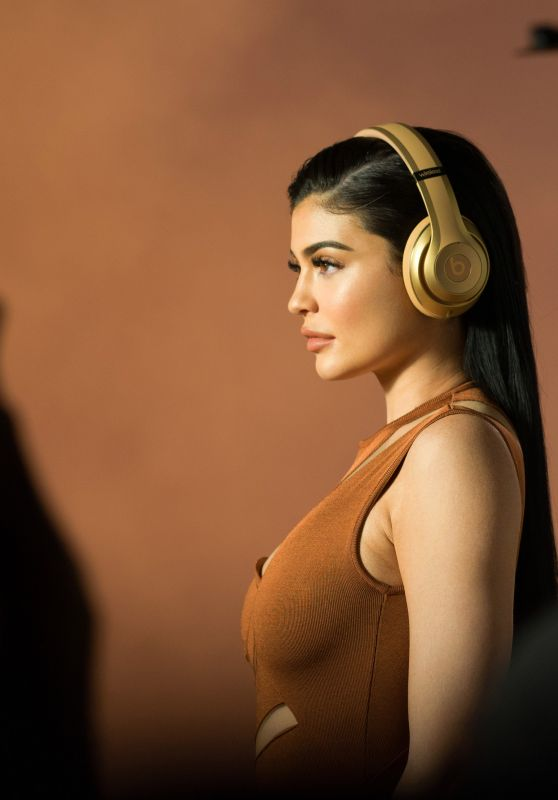 Kylie Jenner - Headphones From Beats by Dr. Dre and Balmain New Collection, July 2017