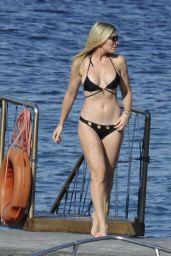 Lady Victoria Hervey and Hofit Golan in Bikinis - Hotel Regina Isabella, Ischia 07/09/2017