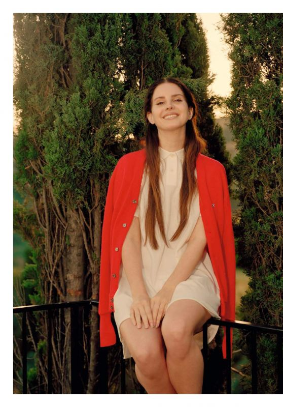 Lana Del Rey - Les In Rockuptibles Magazine July 2017 Issue