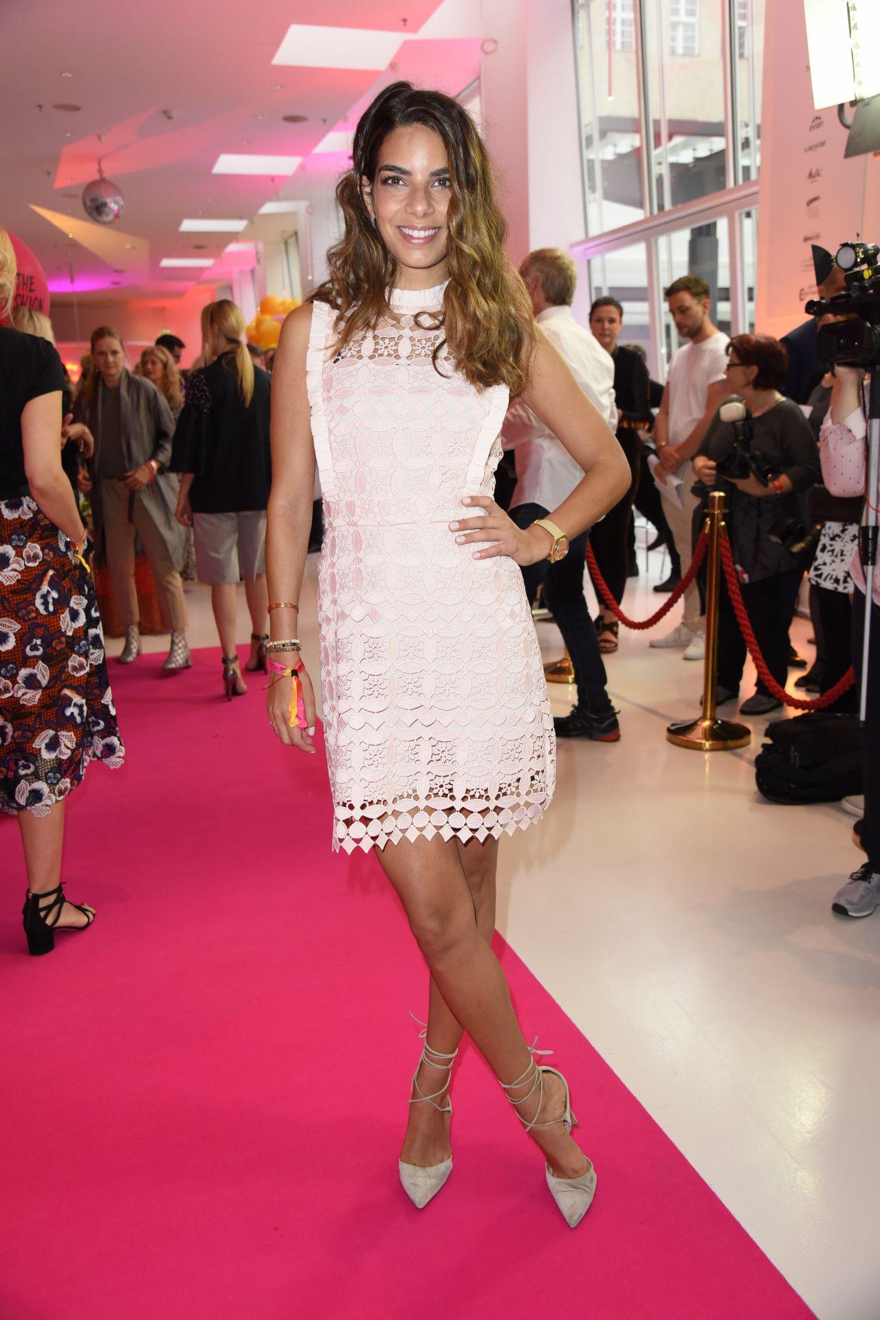 Lilli adler hollunder gala fashion brunch at mercedes for Mercedes benz fashion week