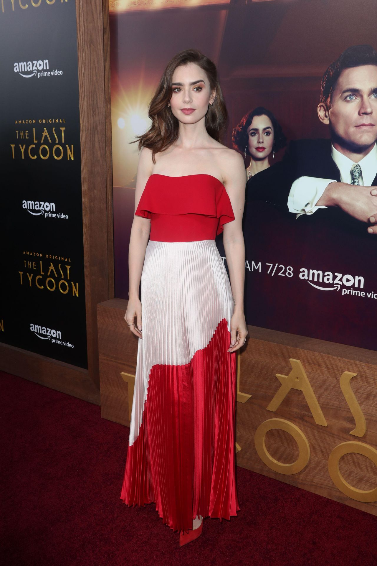 Lily Collins On Red Carpet Quot The Last Tycoon Quot Premiere In