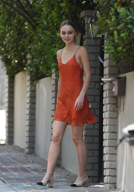 Lily-Rose Depp - House Shopping in Los Angeles 07/12/2017