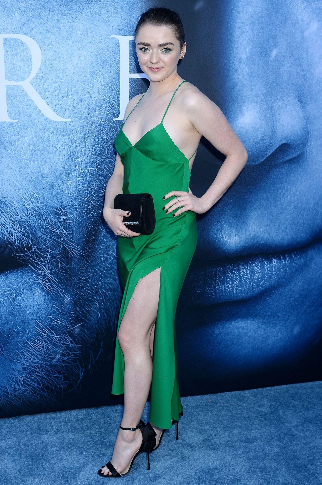 Maisie Williams Game Of Thrones Season 7 Premiere In