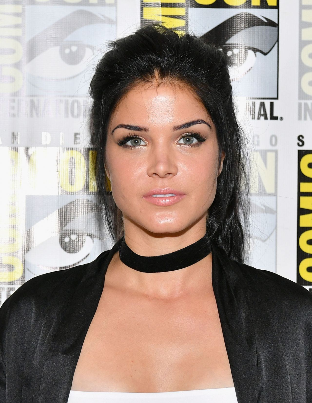 Marie Avgeropoulos Lat...