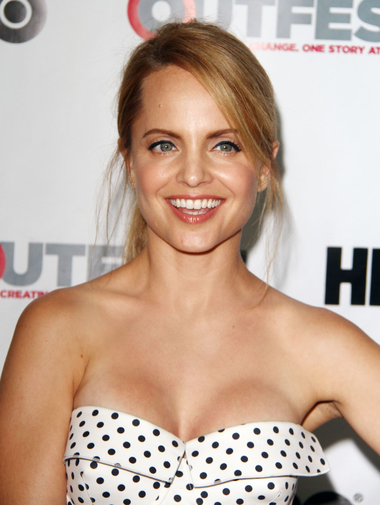 Images Mena Suvari naked (82 foto and video), Ass, Cleavage, Twitter, swimsuit 2017