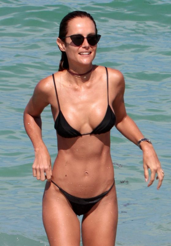 Natalia Borges in a Bikini – Beach in Miami 07/02/2017 (+22)