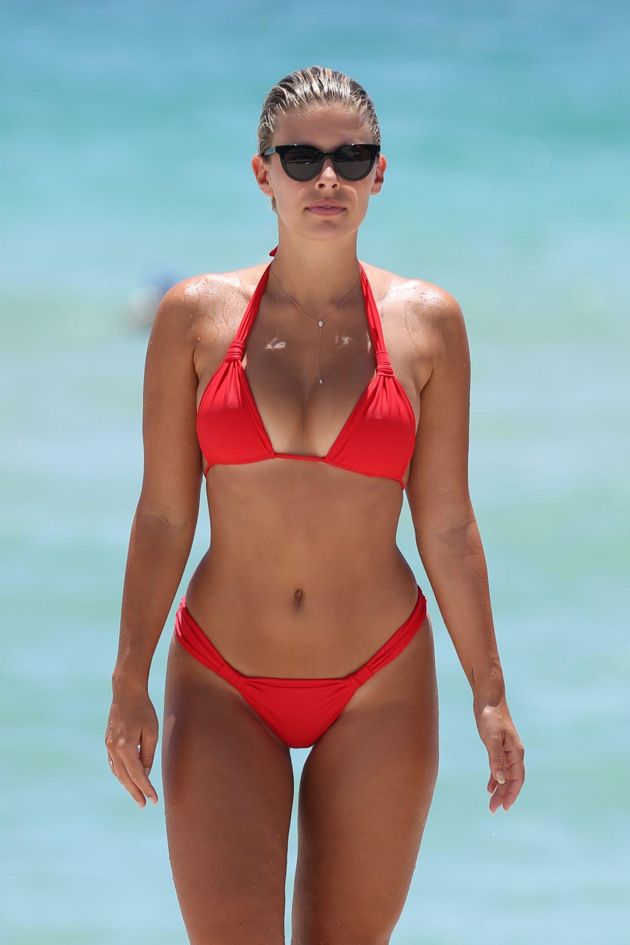oakley bikini
