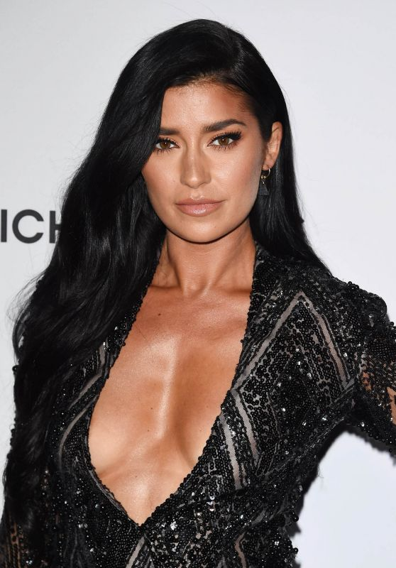 Nicole Williams - SI Fashionable 50 in Hollywood 07/18/2017
