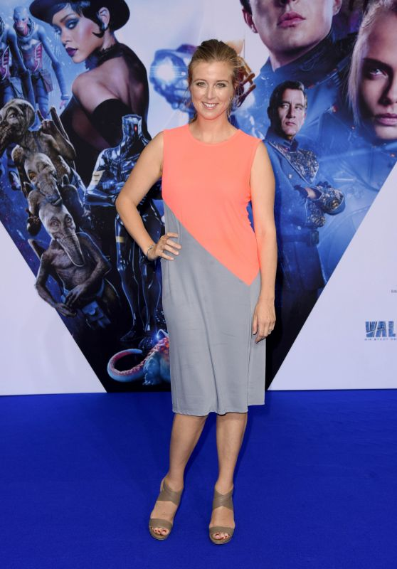 """Nina Eichinger – """"Valerian and the City of a Thousand Planets"""" Premiere in Berlin 07/19/2017"""