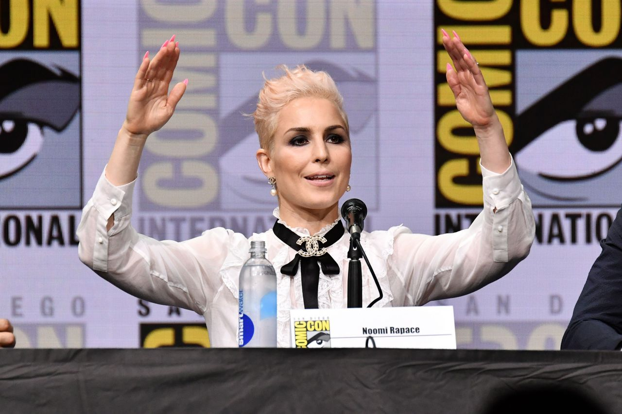 "Noomi Rapace - ""Bright"" Movie Panel at Comic-Con ..."