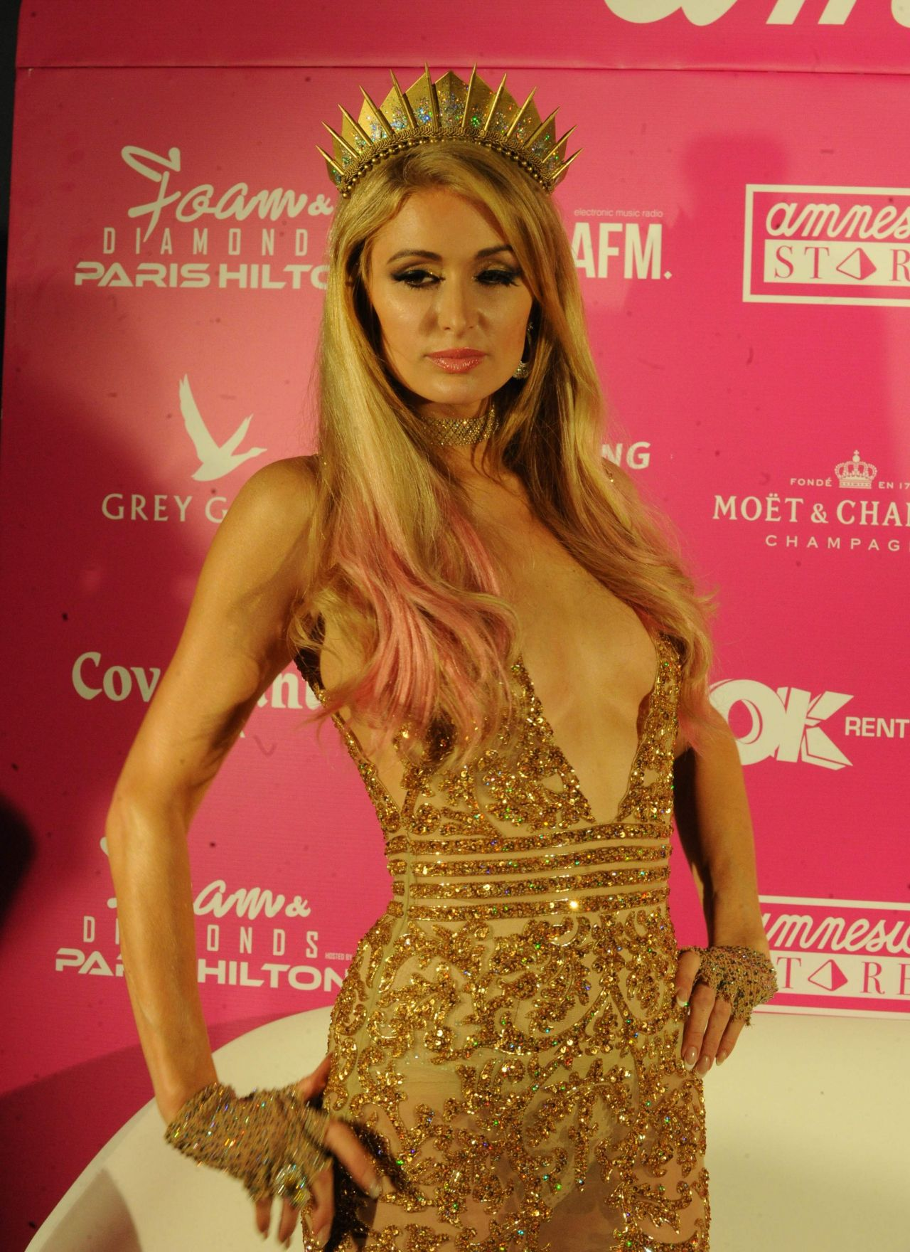 Paris hilton latest photos celebmafia - Paris hilton ibiza ...