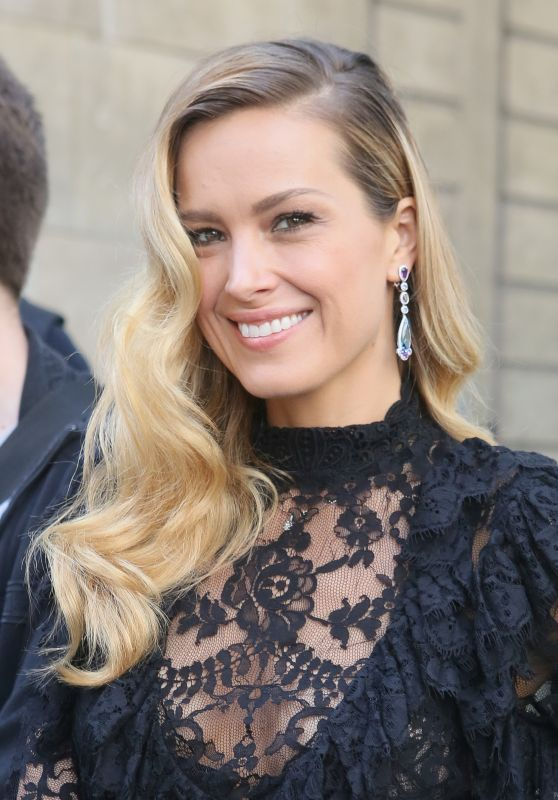 Petra Nemcova at Guo Pei Show - Haute Couture Fashion Week in Paris 07/02/2017