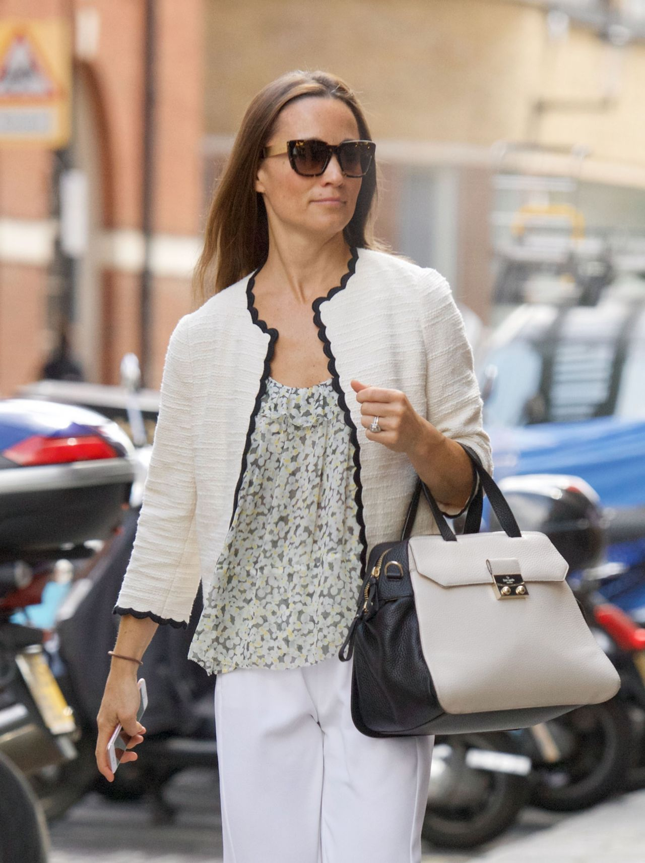 Pippa Middleton Style And Fashion Inspirations Out In