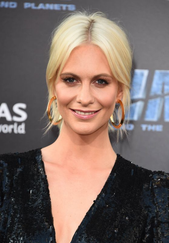 """Poppy Delevingne – """"Valerian and the City of a Thousand Planets"""" Premiere in Los Angeles 07/17/2017"""
