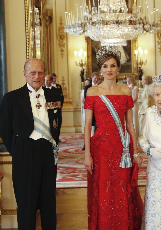 Queen Elizabeth II and Queen Letizia of Spain - Buckingham Palace in London, UK 07/13/2017