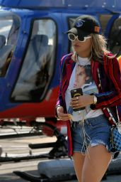 Rita Ora - Arrives at the Heliport From The Hamptons in NYC 07/16/2017