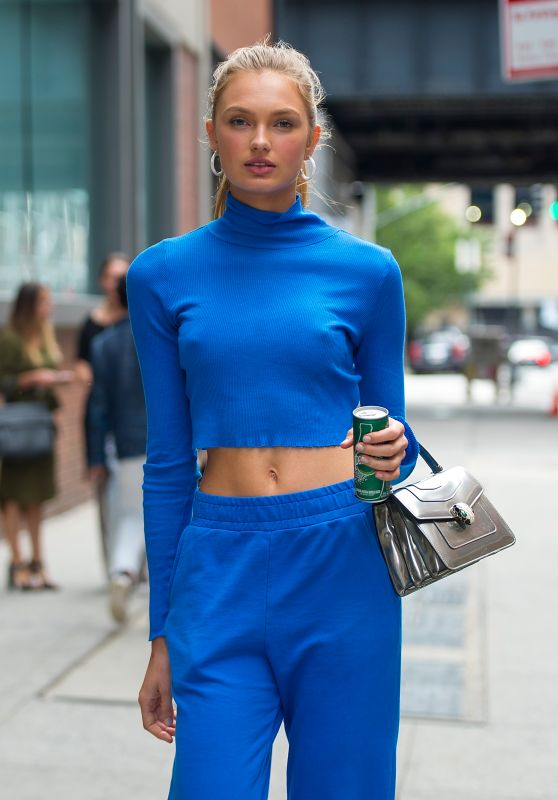Romee Strijd is Stylish - Chelsea in New York City 07/24/2017