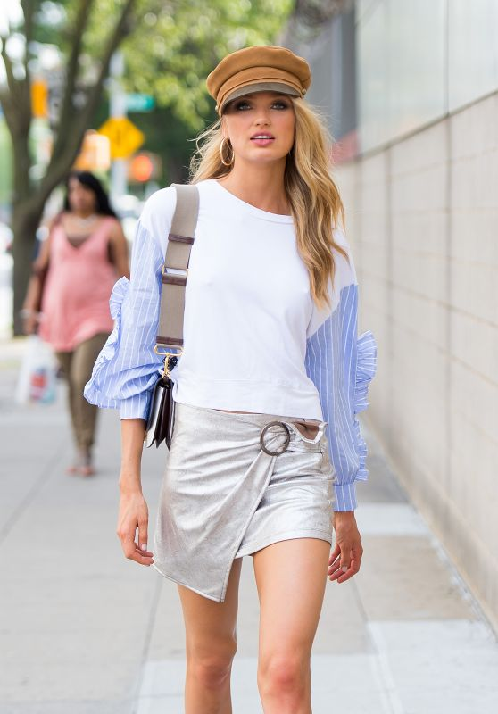 Romee Strijd Street Fashion - Chelsea in New York City 07/21/2017