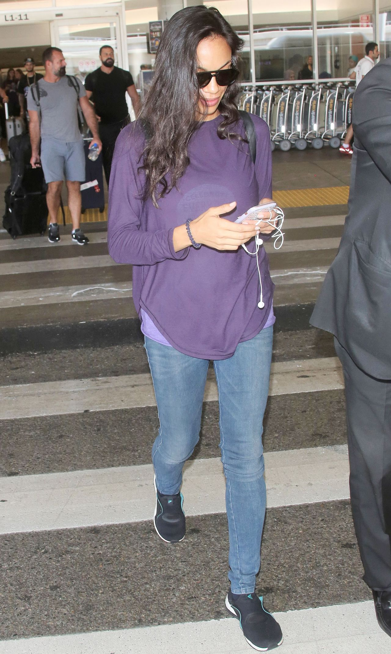 Rosario Dawson At Lax International Airport In La 07 21 2017