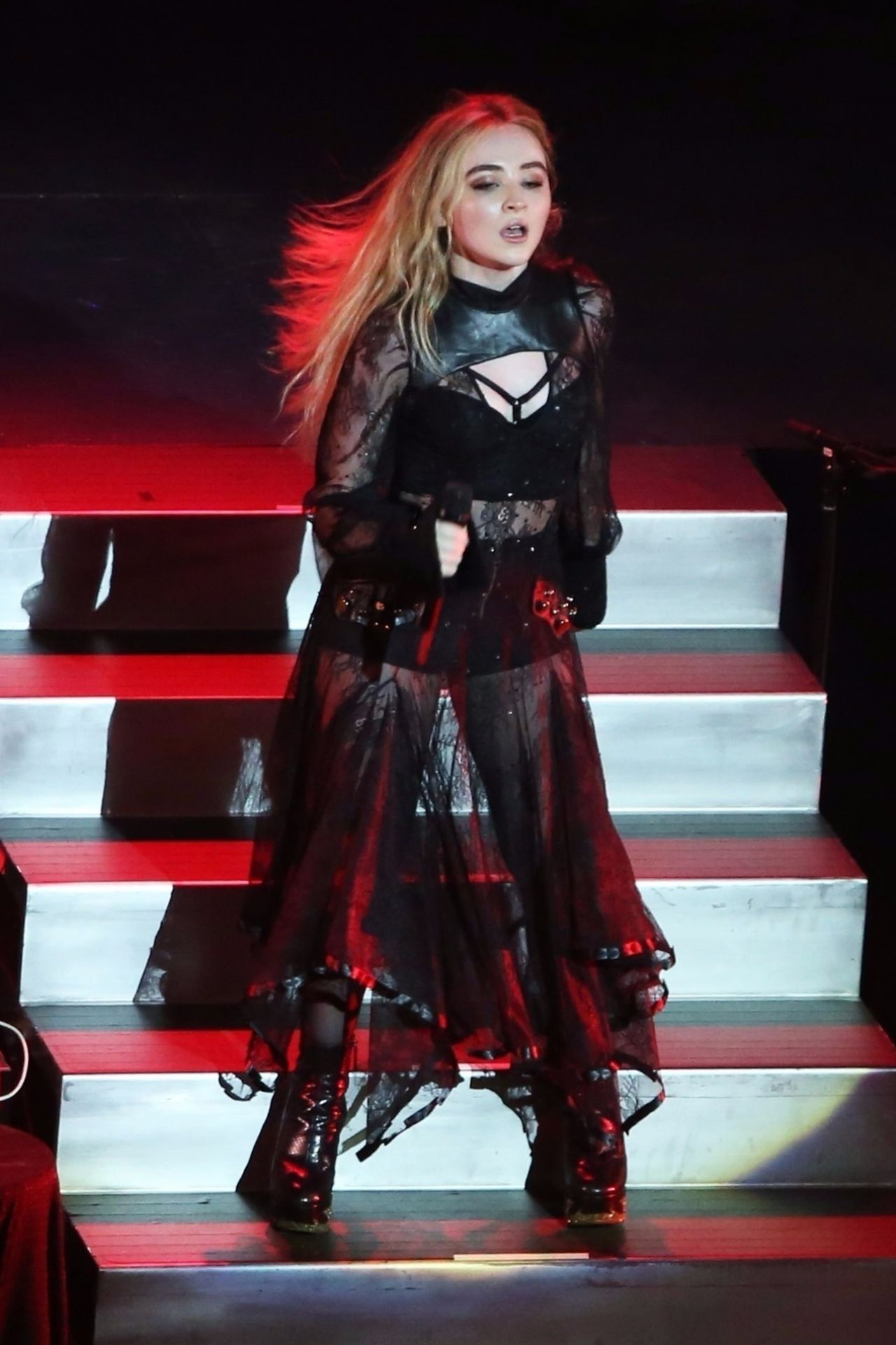 Sabrina Carpenter Performs Live At The Vogue Theatre For