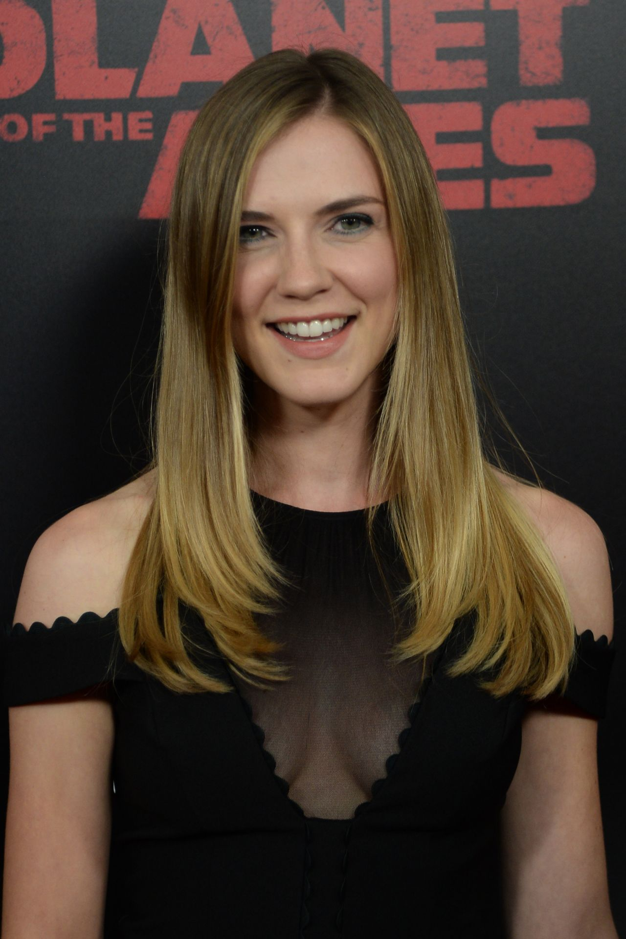 Sara Canning War For The Planet Of The Apes Premiere