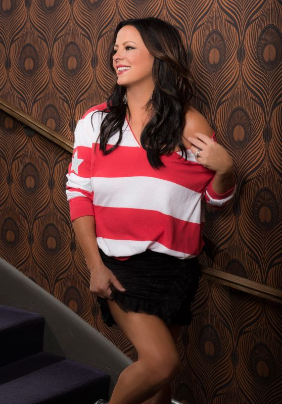 Sara Evans - Photoshoot for Taste of Country 07/19/2017