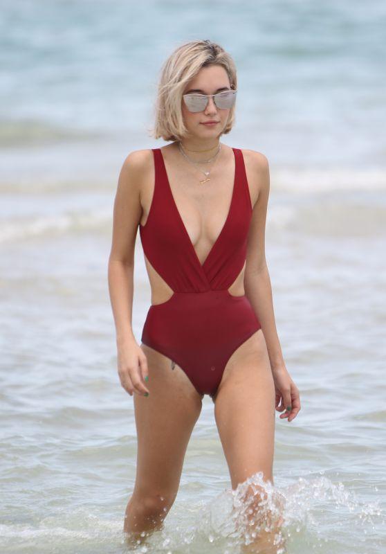 Sarah Snyder in a one Piece Bikini - Miami Beach 07/22/2017