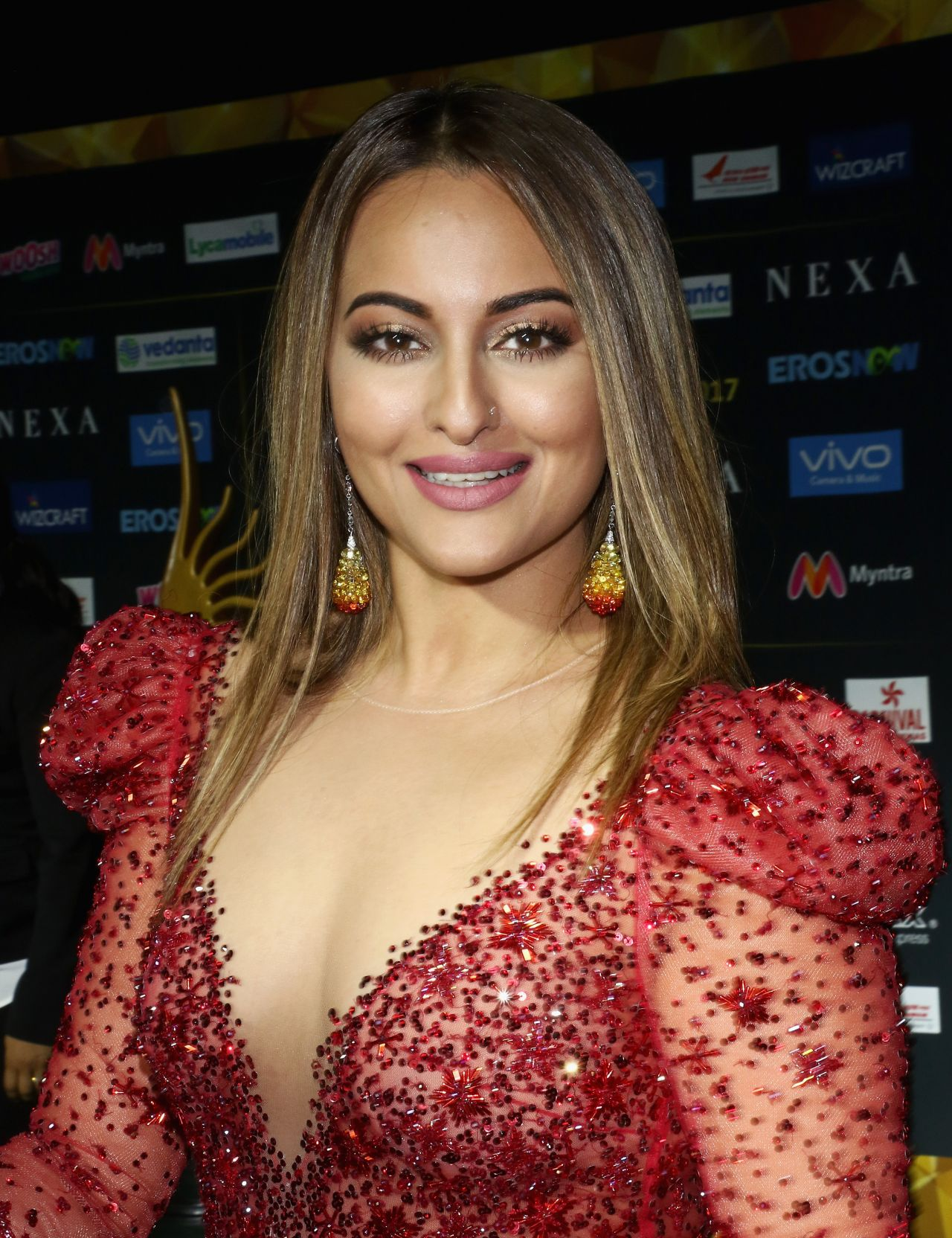Sonakshi sinha international indian film academy festival in new jersey 07 14 2017