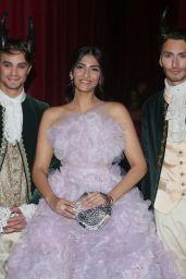 Sonam Kapoo – Ralph & Russo Fashion Show in Paris 07/03/2017