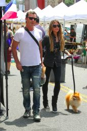 Sophia Thomalla - Shopping at the Farmer