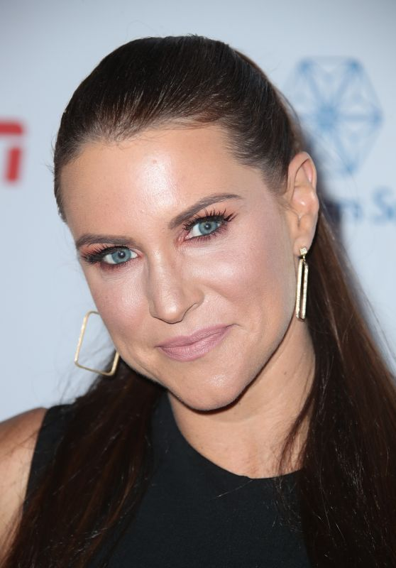 Stephanie McMahon - Sports Humanitarian of the Year Award in Los Angeles 07/11/2017