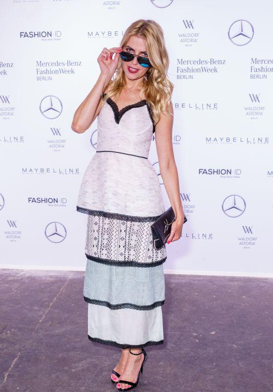 Tanja Bülter at Rebekka Ruetz Show – Mercedes-Benz Fashion Week in Berlin 07/05/2017