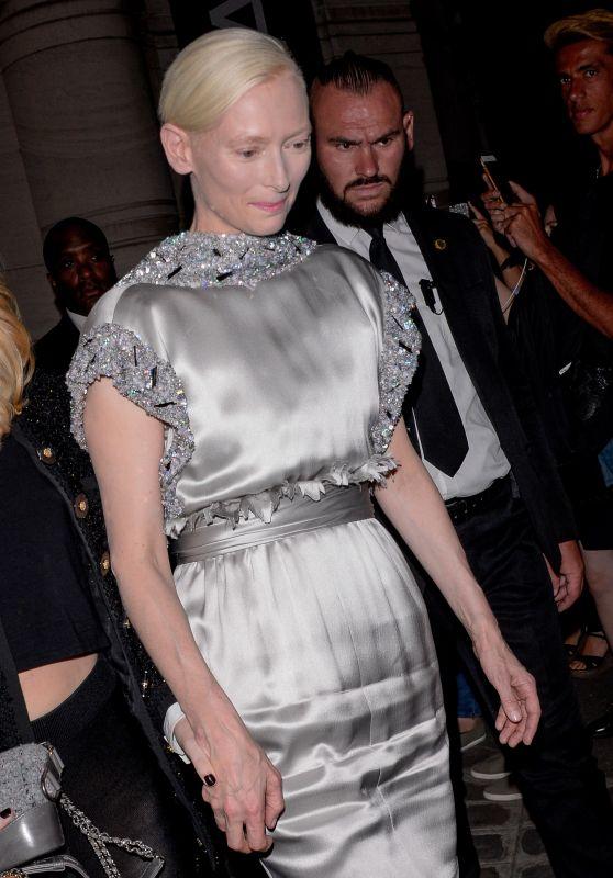Tilda Swinton – Vogue Party at Paris Fashion Week 07/04/2017
