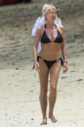 Zara Holland Hot in Bikini - Barbados 07/25/2017