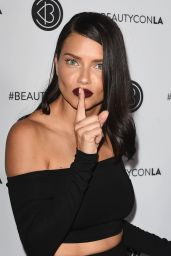 Adriana Lima - Beautycon Festival in Los Angeles 08/12/2017