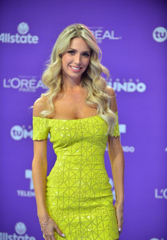 "Alessandra Villegas – ""Premios Tu Mundo"" in Miami 08/24/2017"