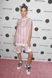 Amanda Steele – Beautycon Festival in Los Angeles 08/12/2017