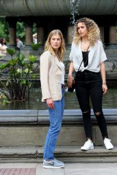 """Ana de Armas & Rosamund Pike - """"Three Seconds"""" Filming in Central Park 08/25/2017"""