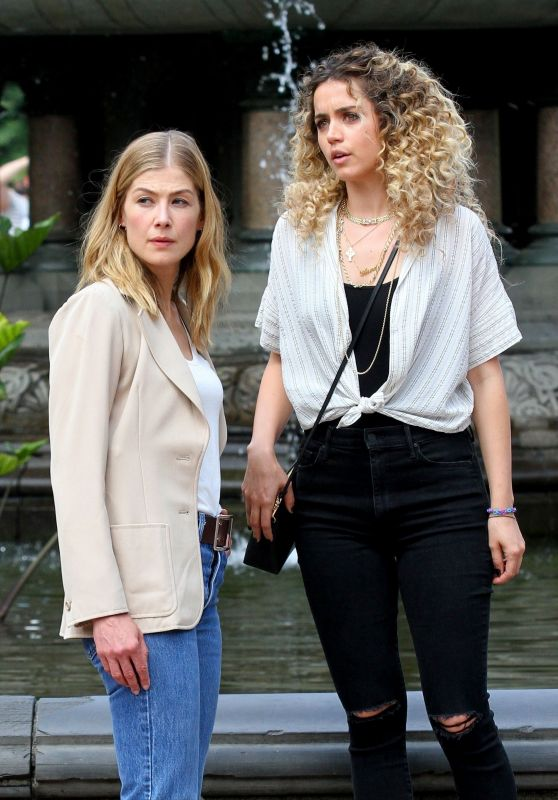 "Ana de Armas & Rosamund Pike - ""Three Seconds"" Filming in Central Park 08/25/2017"