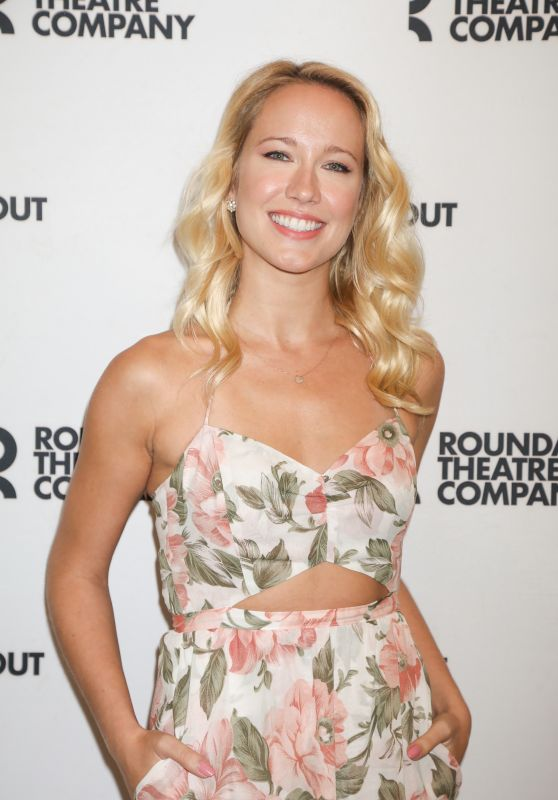 "Anna Camp - ""Time and The Conways"" Cast Photocall in NYC 08/24/2017"