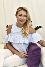 Anna-Carina Woitschack - ARD TV Show in Europapark, Rust 08/20/2017